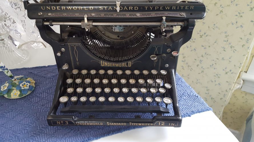 Underworld Standard Typewriter - an enchantment for SLA Industries and Unknown Armies